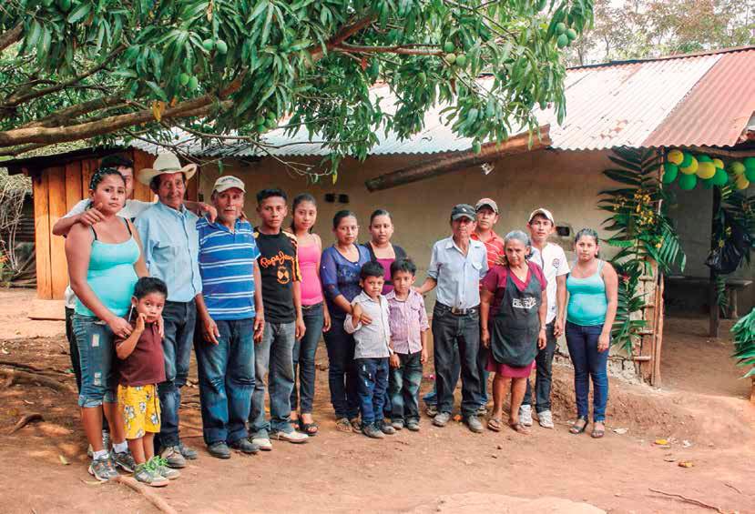 Familia integrante del Movimento Campesino a Campesino. Simas